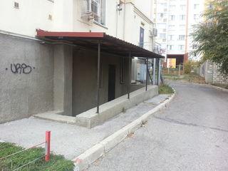 Spatiu comercial коммерческое/нежилое помещение 133 m2 Botanica, vinzare/chirie