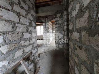 Casă în 2 nivele, 130 mp, teren 6 ari, versiune sură, Trușeni 59500 €