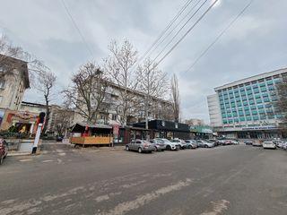 Urgent! Vanzare apartament cotelet, 3camere spatios 82m2, 2-blocuri sanitare, 2-balcoane centru ASEM