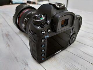 Canon EOS 5D Mark III (Mark 3) + Canon EF 24-70mm