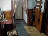 Продам 2-х комнатную квартиру в центре Комрата .