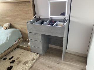 Стол макияжный / туалетный / маникюрный - Masute de toaleta