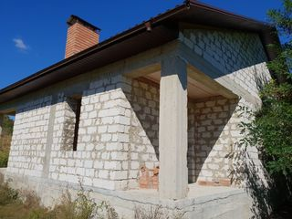 Casa Sociteni constructie nefinisata