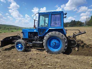 Tractor de sapat transee