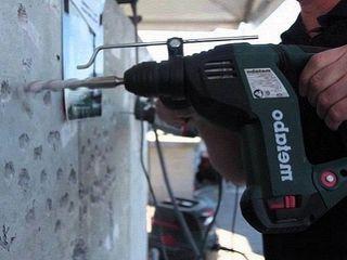 Сверление отверстий в бетоне. Установка карнизов, полок, ванных наборов, TV на стену и др.