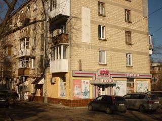 Chisinau. Se vinde o frizerie la Telecentru pe str.Soseaua Hincesti, suprafata totala de 40mp.