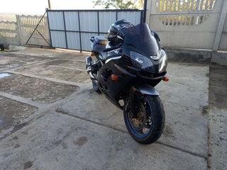 Kawasaki ZX900