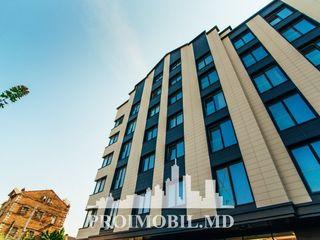 Apartament în Centrul capitalei, 2 camere, variantă albă, 76 mp!