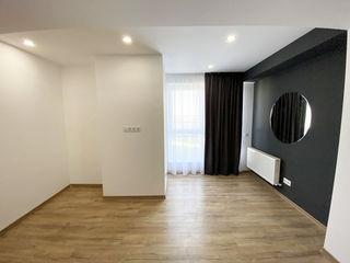 Penthouse în 2 nivele cu propria terasă - Buiucani (euroreparație)