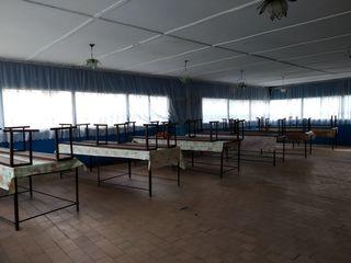 Продается коммерческое помещение в с. Октябрьское(5 км от Бельц)