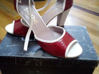 Sandale mărimea 41