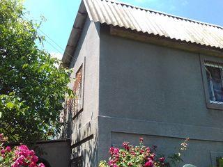 Дача в 2 этажа(приватизировано всё)-12500 евро.