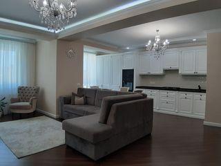 Vând apartament exclusiv cu 3 camere în bloc nou, design individual, lingă parc, str. Tudor Strișcă!