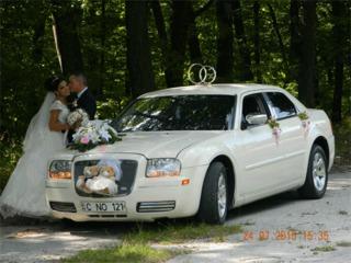 Chrysler c300! 90Eur/zi + cadou litere Love de 90 cm pentru foto