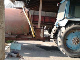 Vand cisterna 3 tone cu pompa
