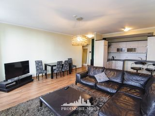 Chirie, Centru, Crown Plaza Park, 2 camere+living, 1300 euro!