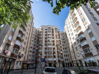 Apartament cu 3 camere separate la Botanica in bloc nou
