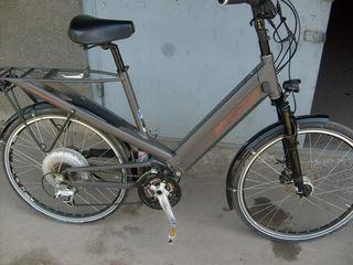 E-Bike reise und Muller,отл/сост.,изг. в Швейцарии,электроника и силовой агрегат изг. в Канаде.