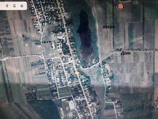 În localitatea Step Soci, r-nul Orhei, se vide casa bătrânească cu  teren  mare.
