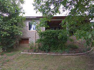Se vinde casa s.Sipoteni,Calarasi   pe traseul Chisinau-Ungheni