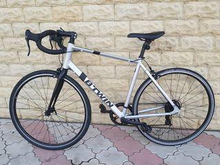 Biciceta B-Twin in stare ideala