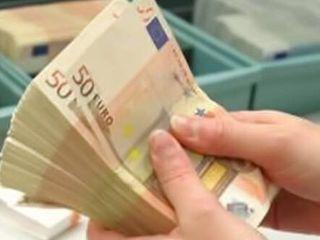 Bani la %( procente), credite, pentru persoane fizice de la 2 000 euro până la 30 000 euro. Perioada