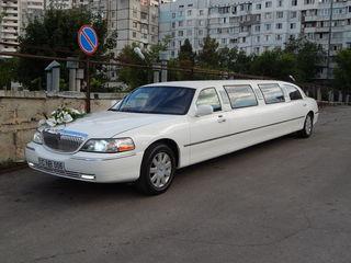 Белоснежный лимузин lincoln town car -элегантный красавец для любых торжеств и мероприятий