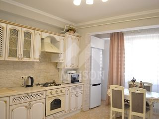 Se dă în chirie apartament cu 2 camere, situat in sect. Centru, str. Melestiu