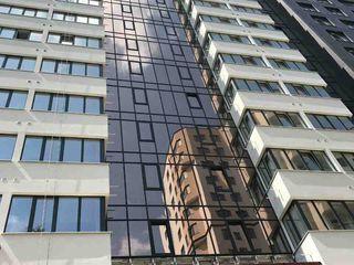 Poduri inalte de 3m, 2 lifturi, clasa prmium, posibil in rate