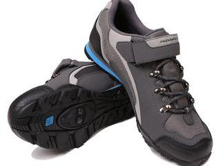 800 лей: Велотапки 39-40 размер Вело-обувь (под контактные педали)