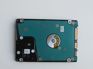 HDDToshiba notebook 500GB din Germania adus (are doar 36 zile lucrate )