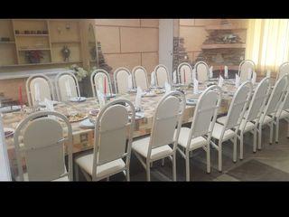 Vindem scaune pastrate Ideal