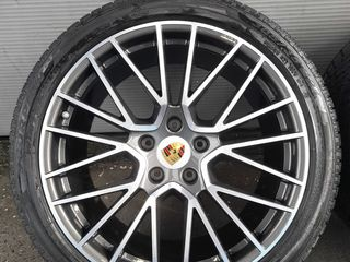 Porsche Cayenne R 21