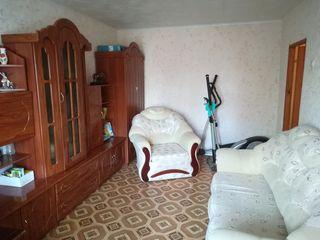 Продаётся 2-комнатная квартира по улице Набатная 2