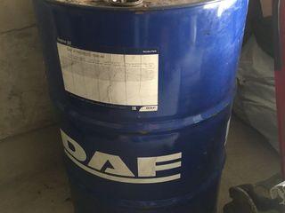 Vind butoi pentru ulei 200 litri