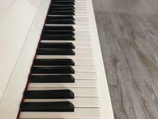 Пианино Беларусь в отличном состоянии цвет белый