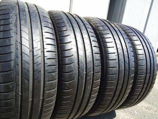 215 - 60 - R 16   -   Michelin