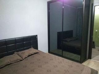 Apartament cu 2 camera. Botanica, bd.Cuza-Voda linga Posta .Pret 220 euro.