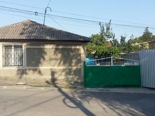 Casa centru Orhei