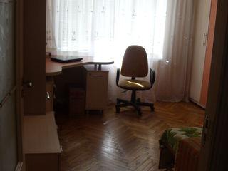Сдам комнату в 3-х комнатной квартире со всеми удобствами!