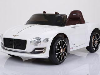 Masina Bentley EXP 12, la pret accesibil, varietate de culori, posibil in rate