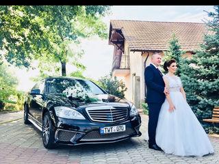 Chirie Mercedes Benz alb/ negru cu sofer pentru tot tipul de evenimente nunta, delegatii
