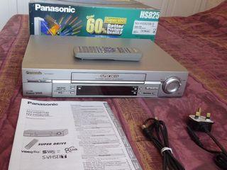 Panasonic NV-HS 825 Super VHS