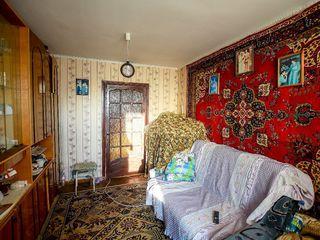 Urgent vindem apartament cu 2 odai in centru, Str. Gagarin 24800 euro