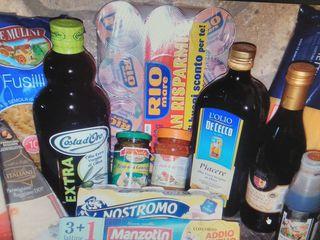 Ulei, Parmigiano,Brie,Prosciutto, Salam,  ton Rio, cafea ,bomboane,  detergenți din italia