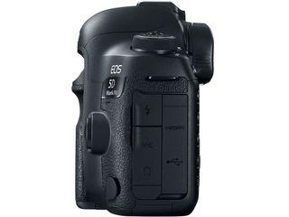 Зеркальный фотоаппарат Canon EOS 5D MK-IV Body