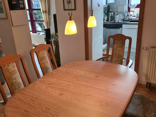 Masa cu 8 scaune