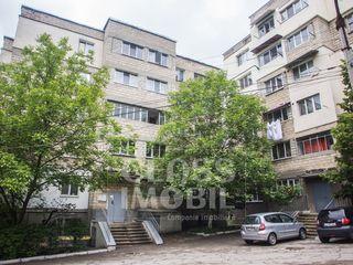 Apartament cu 3 camere,str. podul înalt, ciocana