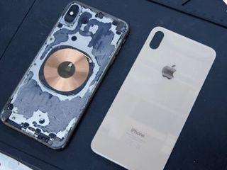Замена задник крышек IPhone на профеcсиональном оборудовании в Iservice!!