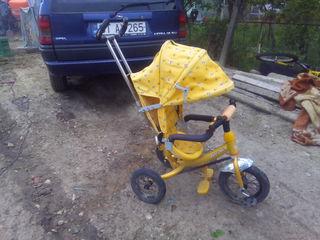 vind tricicleta pentru fetite 800 lei